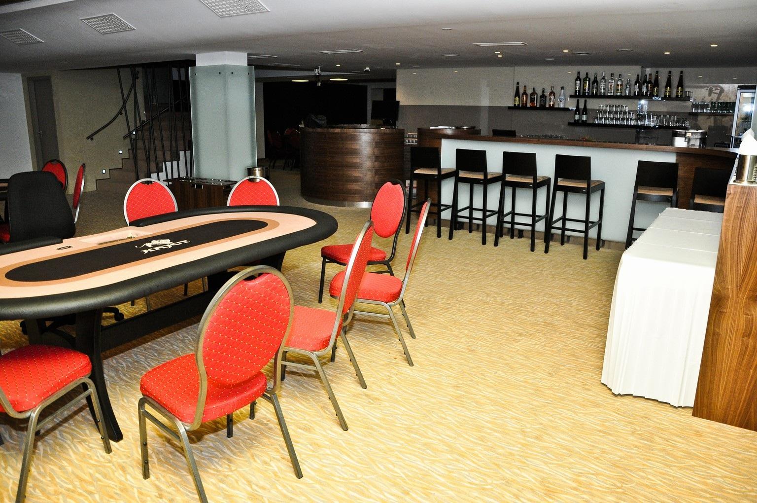 Poker club kajot